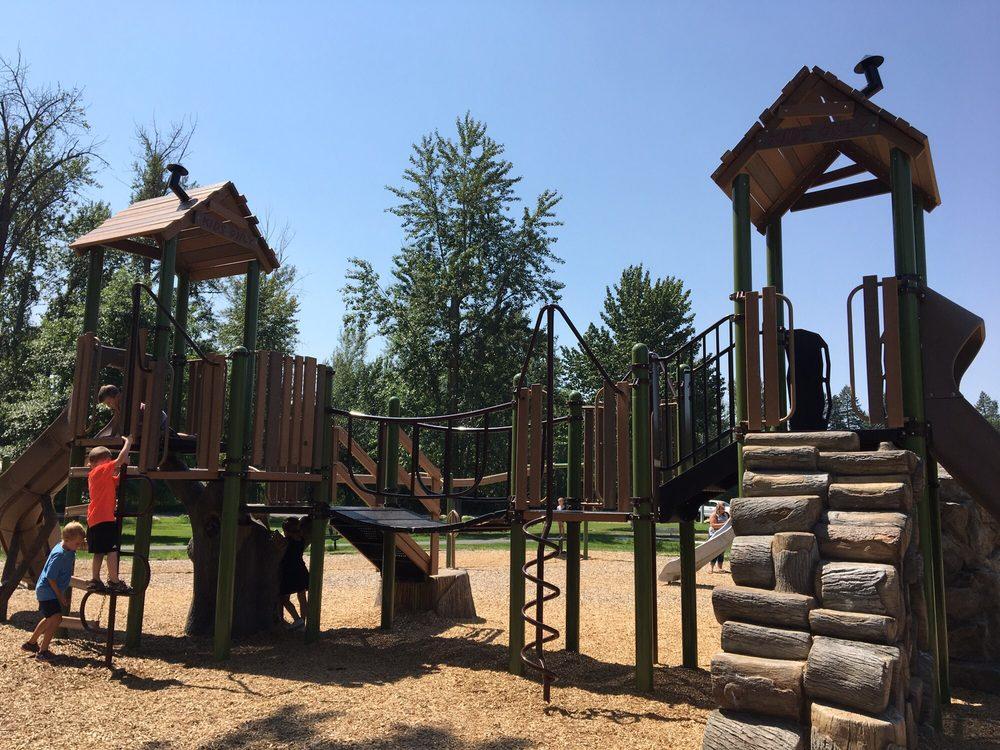 Lawrence Park: Lawrence Park Rd, Kalispell, MT