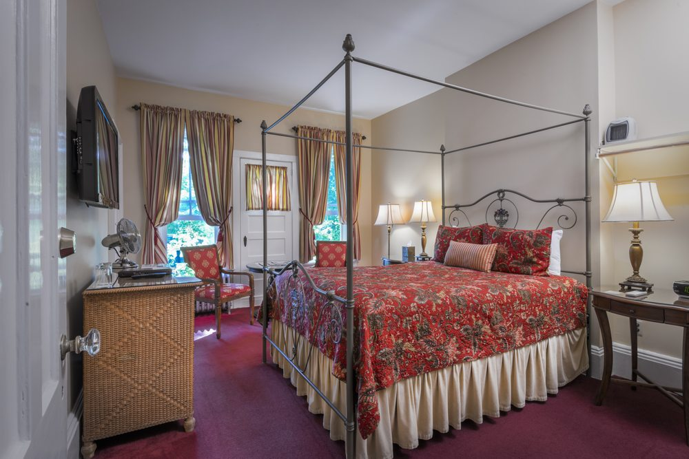 The Inn at Cooperstown: 16 Chestnut St, Cooperstown, NY