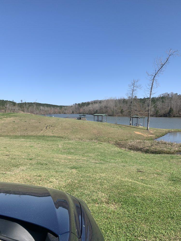Bibb County Lake: 1147 Walter Owens Pkwy, West Blocton, AL