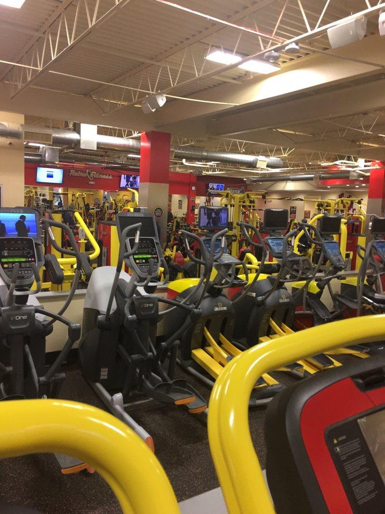Retro Fitness: 11 Oval Dr, Islandia, NY