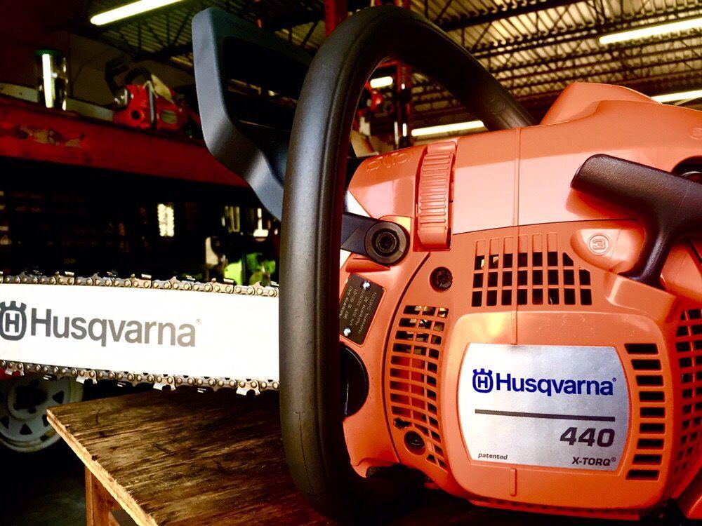 Cal's Lawn Equipment & Repair: 1672 Hercules Ave, Clearwater, FL