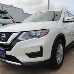 Clay Cooley Nissan On Wheatland >> Clay Cooley Nissan 52 Photos 117 Reviews Car Dealers 39690