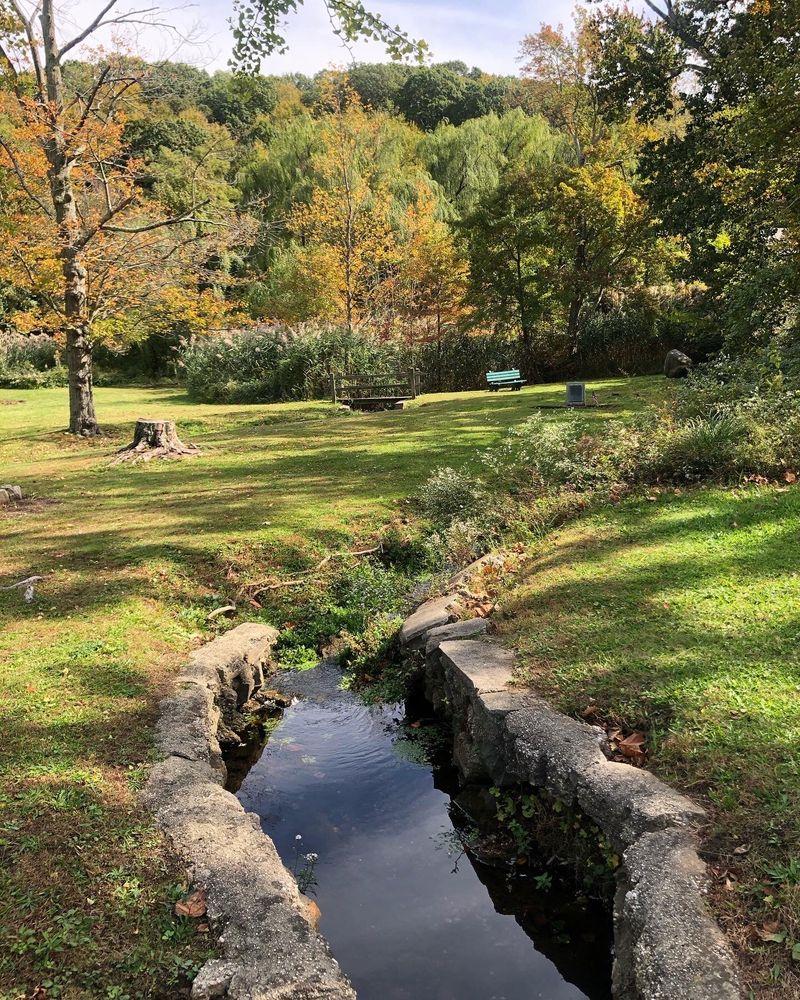 Roslyn Pond Park: Roslyn, NY