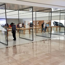 Apple Store - 28 Photos & 140 Reviews - Computers - 199 Boylston St ...