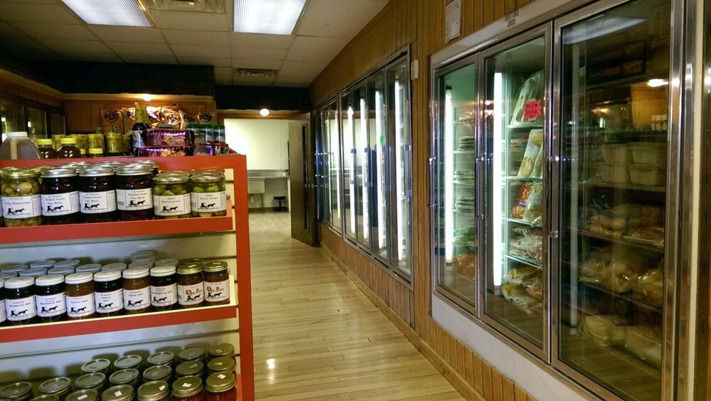Fulton Meat Market: 211 11th Ave, Fulton, IL