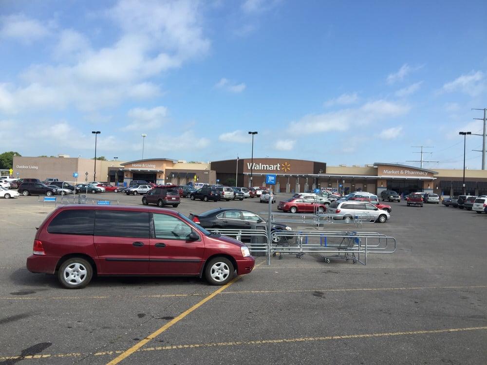 Walmart Supercenter: 3300 State Highway 210 W, Fergus Falls, MN