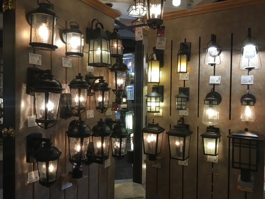 Lamps Plus 2598 Vista Way Oceanside, CA House Furnishings Retail   MapQuest