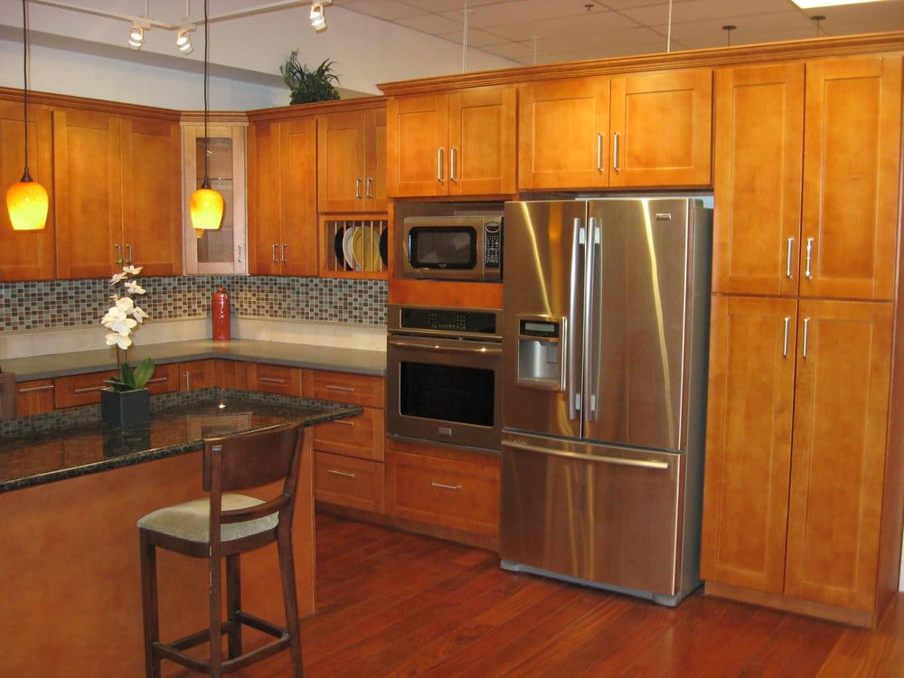 Honey Oak Kitchen Cabinets With Painted Walls