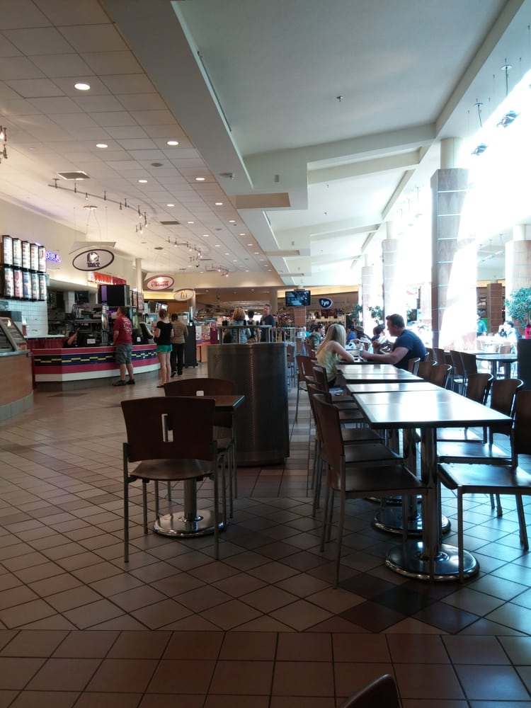 If you need to buy a phone at full retail, overpriced accessories, and not expect technical service, Burlington Mall Verizon is the place to go.