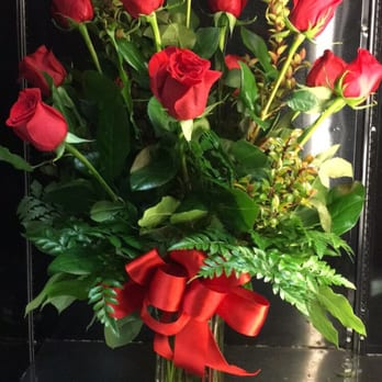 Photo of Bonita Flowers & Gifts - Mcallen, TX, United States. Classic Dozen