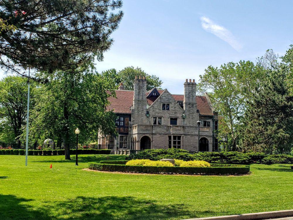 Willistead Manor: 1899 Niagara Street, Windsor, ON