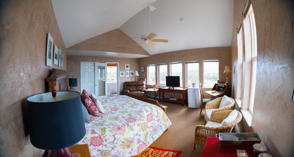 Skyridge Inn: Hwy 12 & 24 950 Hw E, Torrey, UT