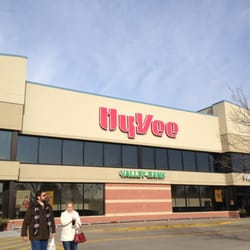 Hy-Vee Food Stores - 10 Reviews - Grocery - 4064 E 53rd St