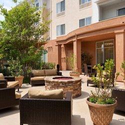 2 Courtyard By Marriott Ventura Simi Valley