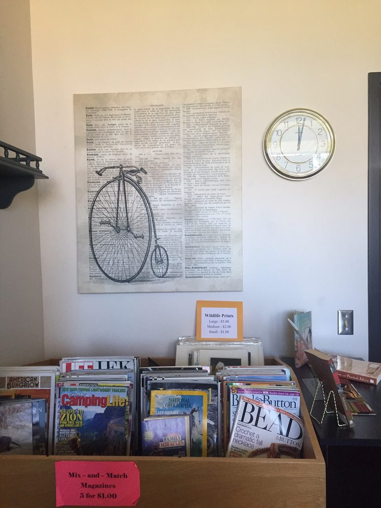 Backstreet Books & Friends: 101 1st St SE, Crosby, MN