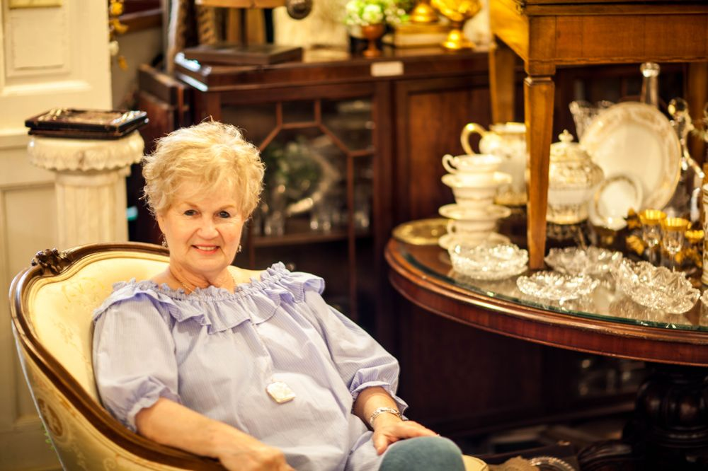 Sharon House Antiques: 113 E Water St, Bainbridge, GA