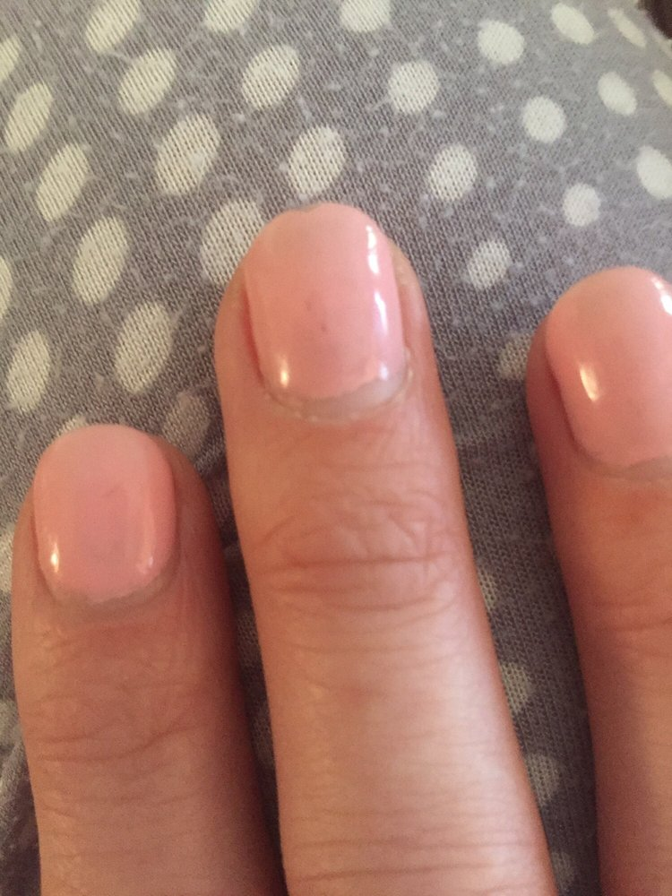 Bubbles/uneven polish and peeling up polish bear nail bed. Chip on ...