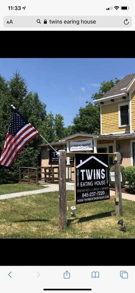 Twins Eating House: 30 Quaker Ave, Cornwall, NY