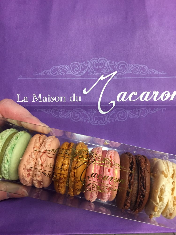 Pistachio praline rose almond chocolate pink for La maison du carrelage balma