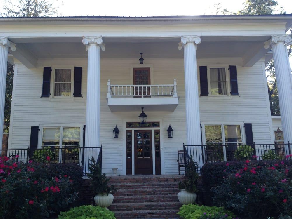 Carl House: 1176 Atlanta Hwy, Auburn, GA