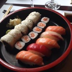 foto di saien milano italia sushi speciale a pranzo