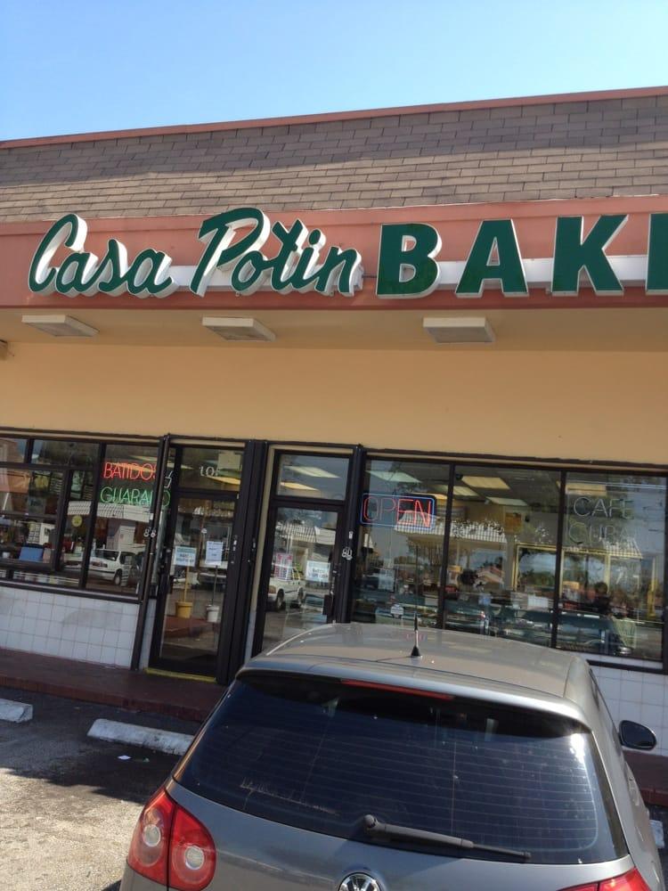 El Lido Bakery