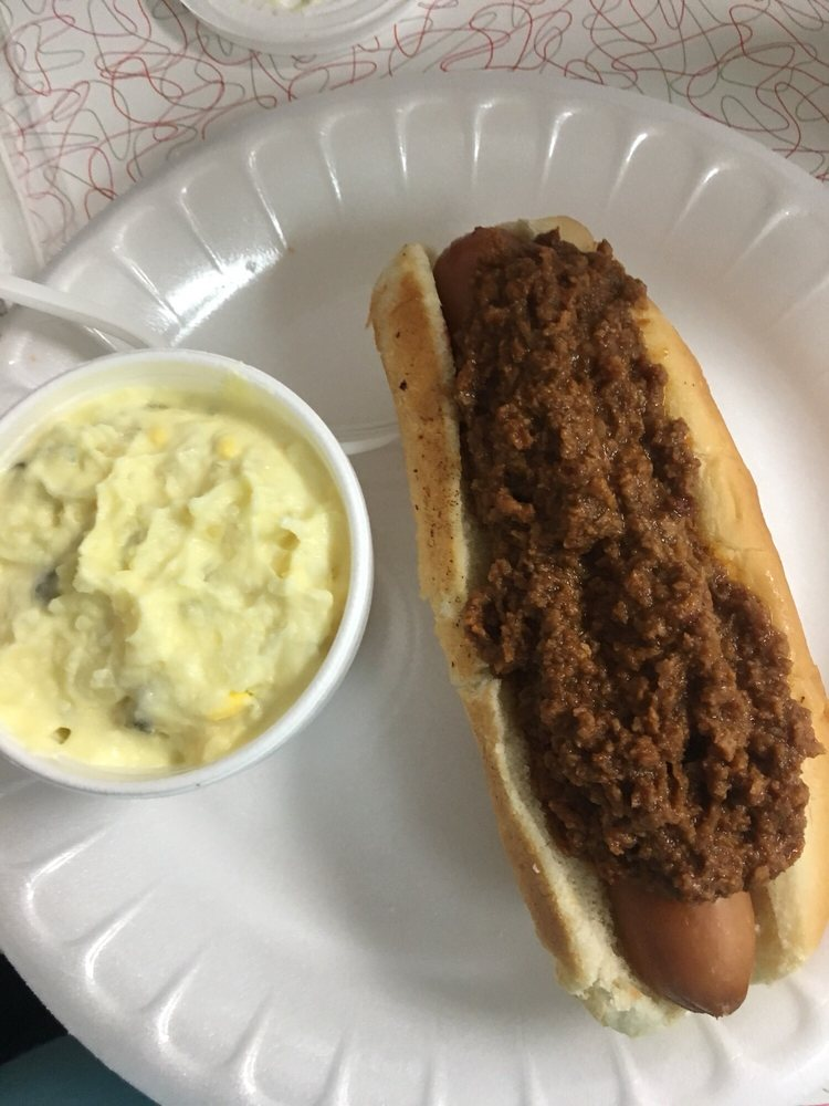 The Grill at Madison Drug: 213 N Main St, Madison, GA
