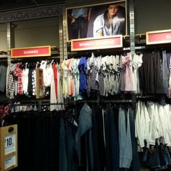 Levi s Outlet Store - 10 Photos - Women s Clothing - 7600 Clark Road ... 3cf13e2ff