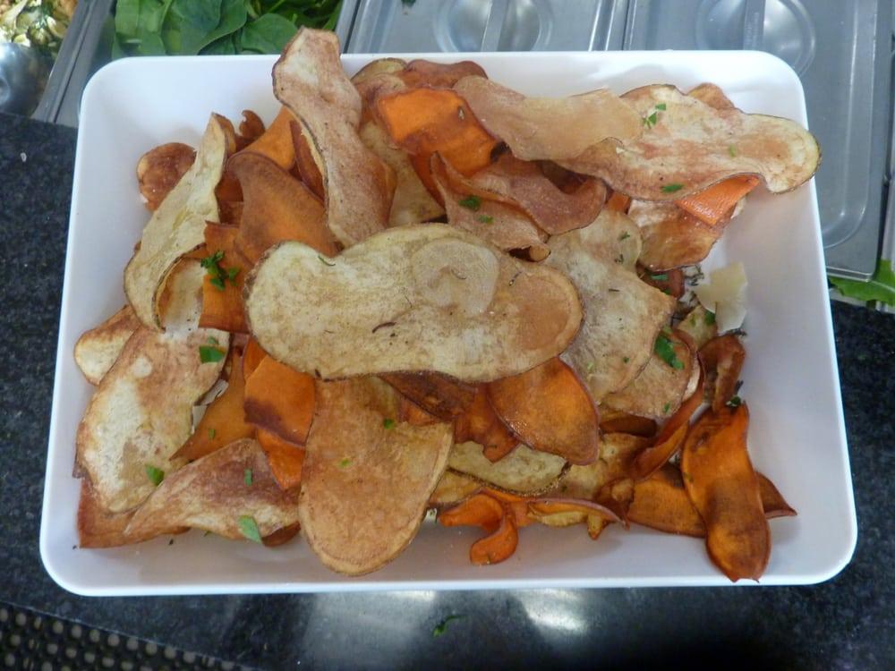 House made garlic rosemary chips yelp for Food bar petaluma
