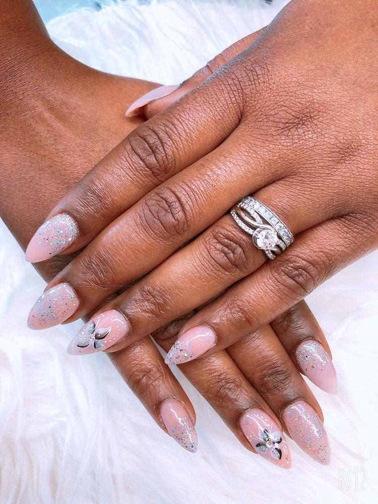 Happy Nails: 613 Philadelphia Pike, Wilmington, DE