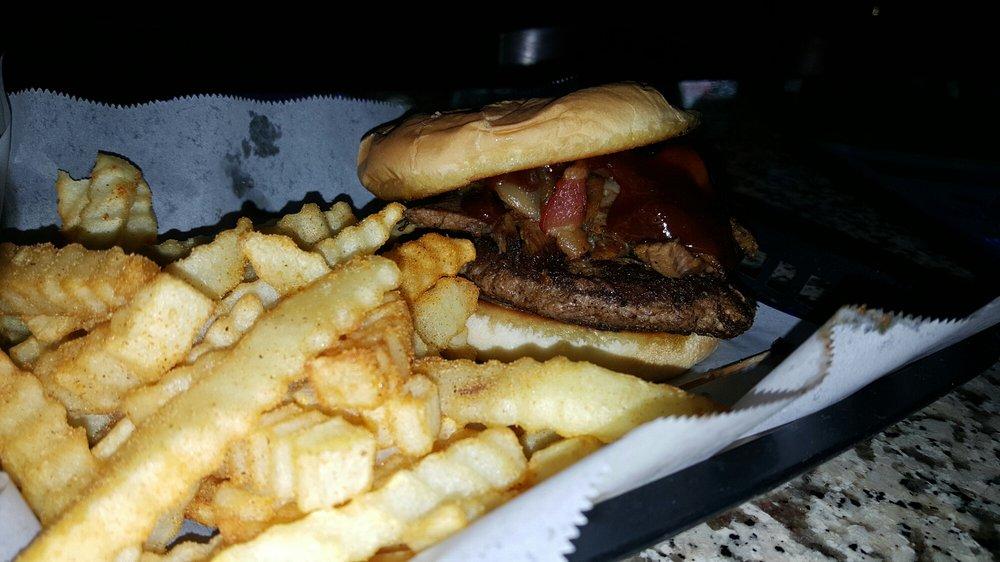 Mavericks Bar & Grill