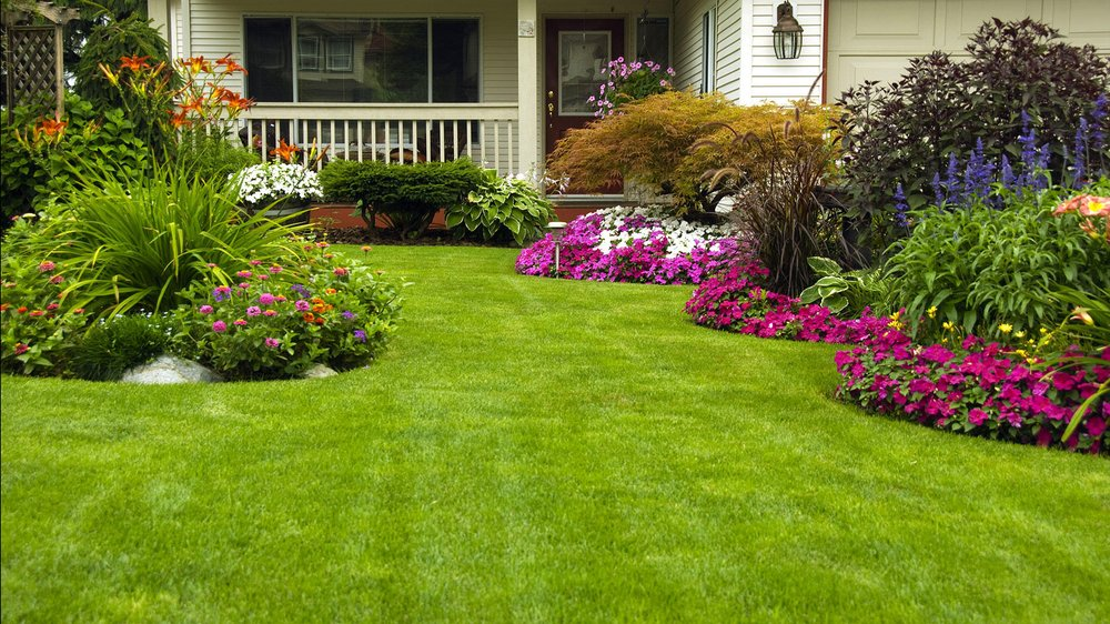Four Seasons Landscaping and Lawn Care: Maplewood, MO