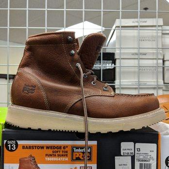 c5ce5c202aa5 Shoe Carnival - 16 Photos   11 Reviews - Shoe Stores - 4165 N Harlem ...