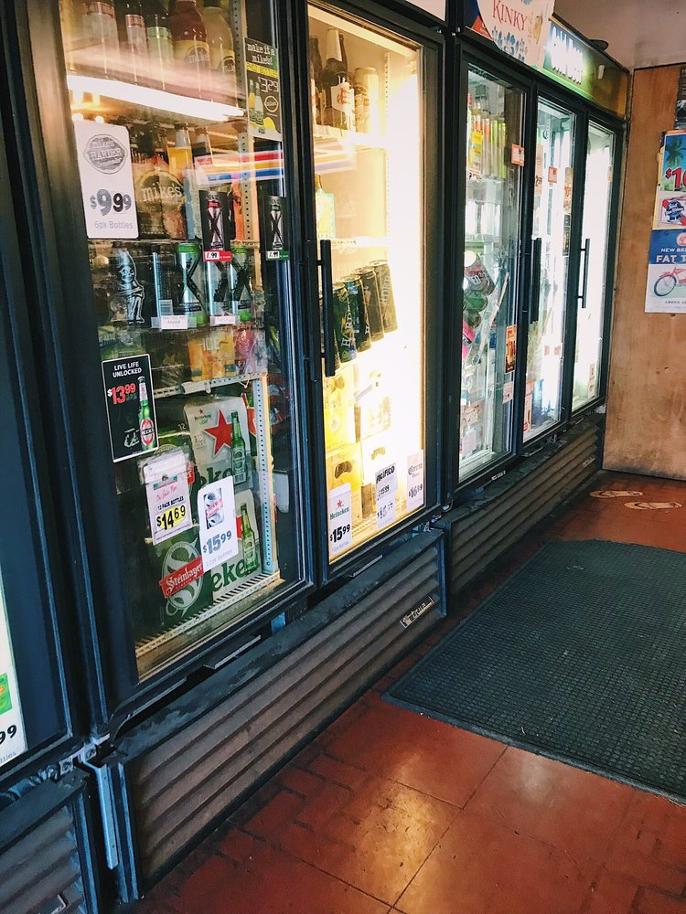 Liquor Shack & Grinds: 1143 Makawao Ave, Makawao, HI