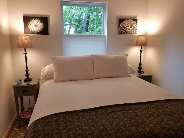 Nashville Downtown Tree Top Apartment: 925 Jackson St, Nashville, TN