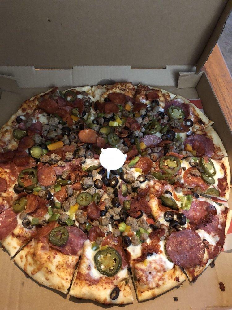 Kirkman's VIP Pizza: 180 E Pine St, Exeter, CA
