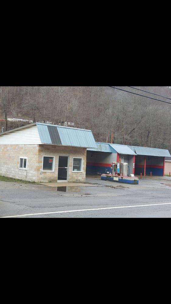 Varney Snack Shack: R A West Memorial Hwy Rte 52, Varney, WV