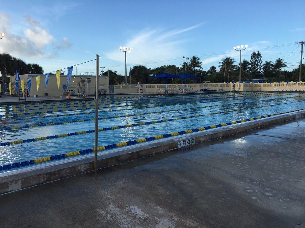 Aqua Crest Pool: 2501 Seacrest Blvd, Delray Beach, FL