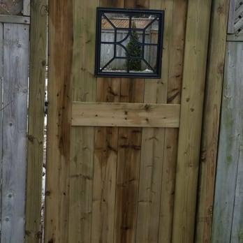 Good neighbor fence post 54 photos fences gates for Good neighbor fence plans