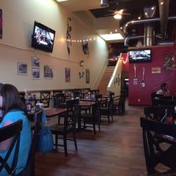 2 Doors Down 67 Photos 202 Reviews Burgers 118 E
