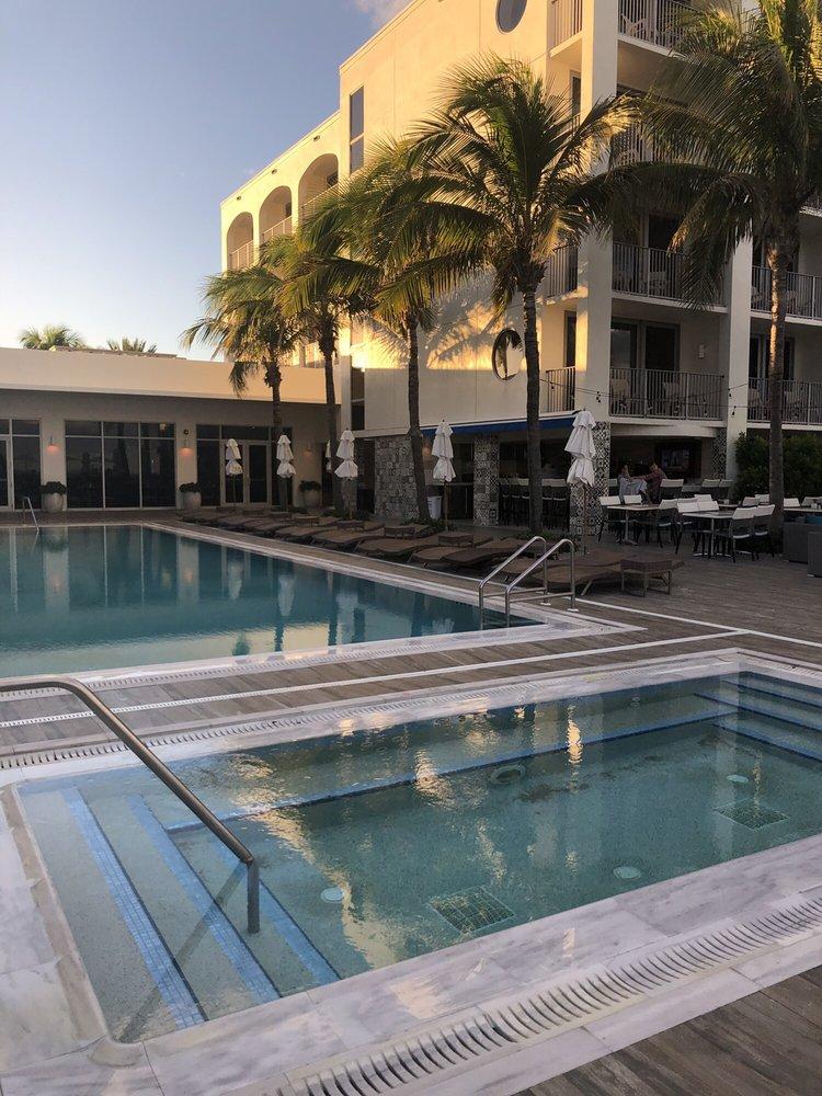 Cabana Bar: 3244 Ocean Dr, Vero Beach, FL