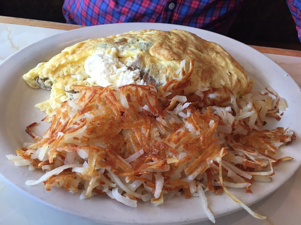 Gyro Omelet with Hashbrowns - Yelp