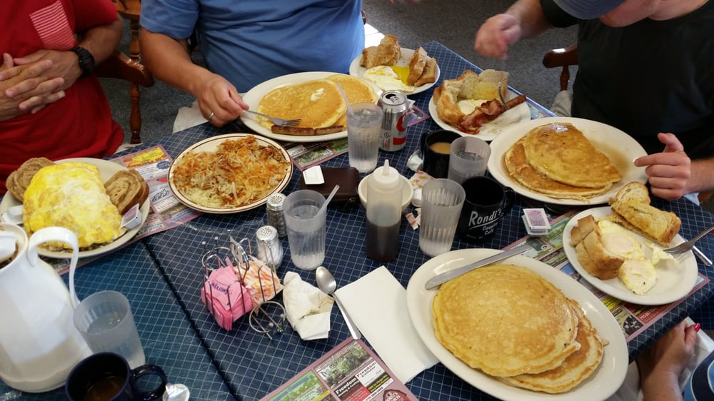 Rondi's Country Cafe: 121 Division St, Withee, WI