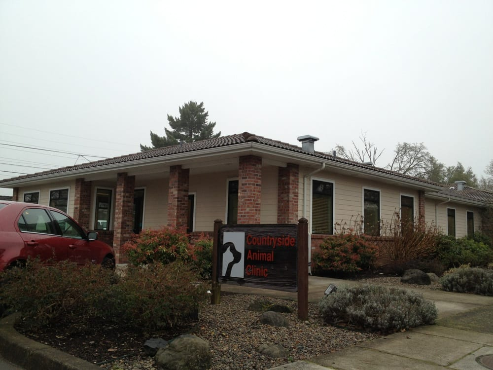 Countryside Animal Clinic: 225 W 4th Ave, Junction City, OR