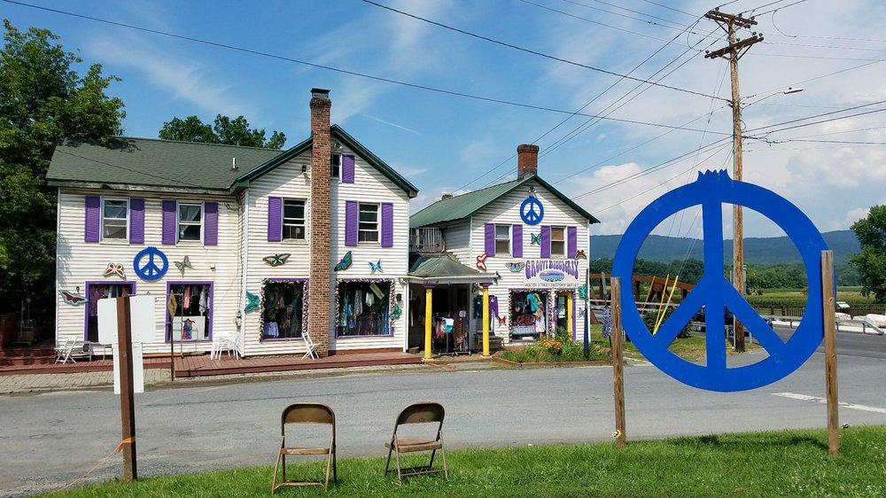 Groovy Blueberry: 1 Water St, New Paltz, NY