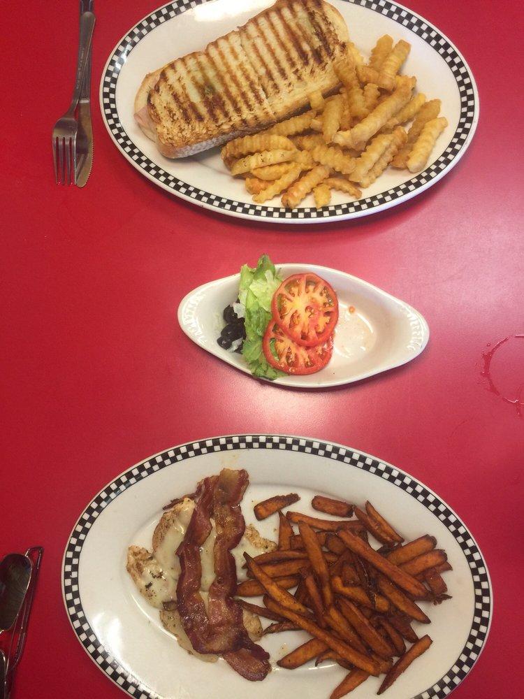 Central  Cafe: 1812 Main Street, Victoria, VA