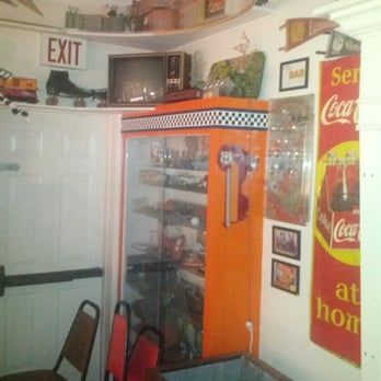 Route 66 restaurant 84 photos 114 reviews american for Elite food bar 325 east 48th street