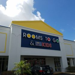 Rooms To Go Kids Furniture Store Avenues 18 Reviews Furniture