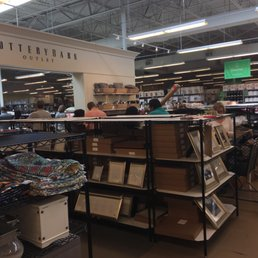 Pottery Barn Furniture Outlet Store 13 30 3939 Ih 35 S San Marcos Tx