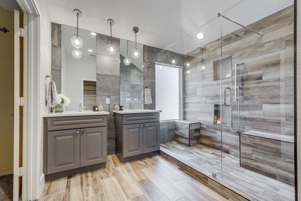 Photo of JOSEPH & BERRY Luxury Remodeling - Dallas, TX, United States. Bathroom